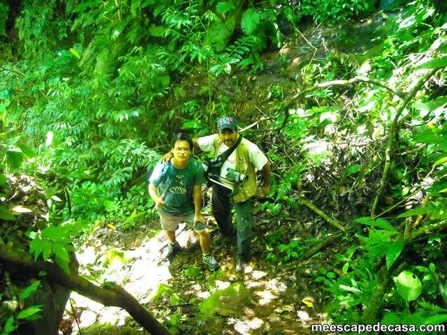 Dante y El Caminante de regreso de las cascadas del río Shilcayo (cerca al Vestido de la Novia, Cordillera Escalera)