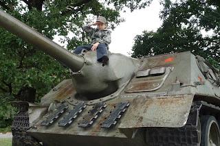 Výprava za tankami...