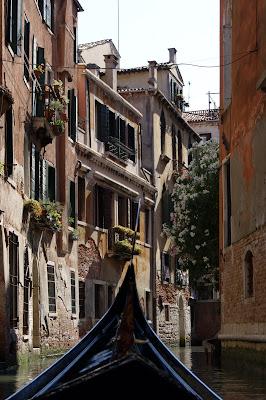 De Gôndola em Veneza
