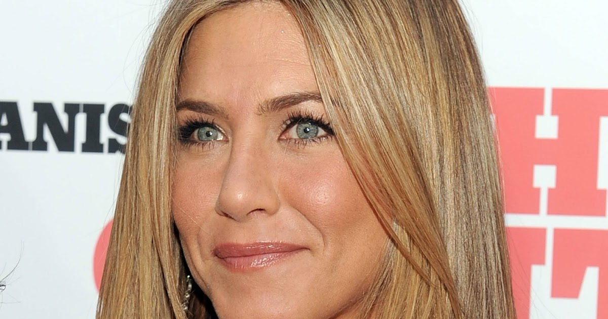 jennifer aniston layered hair beauty and the beast
