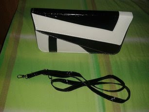 www.shein.com/White-Black-Crocodile-Leather-Clutch-Bag-p-148533-cat-1764.html?aff_id=2687