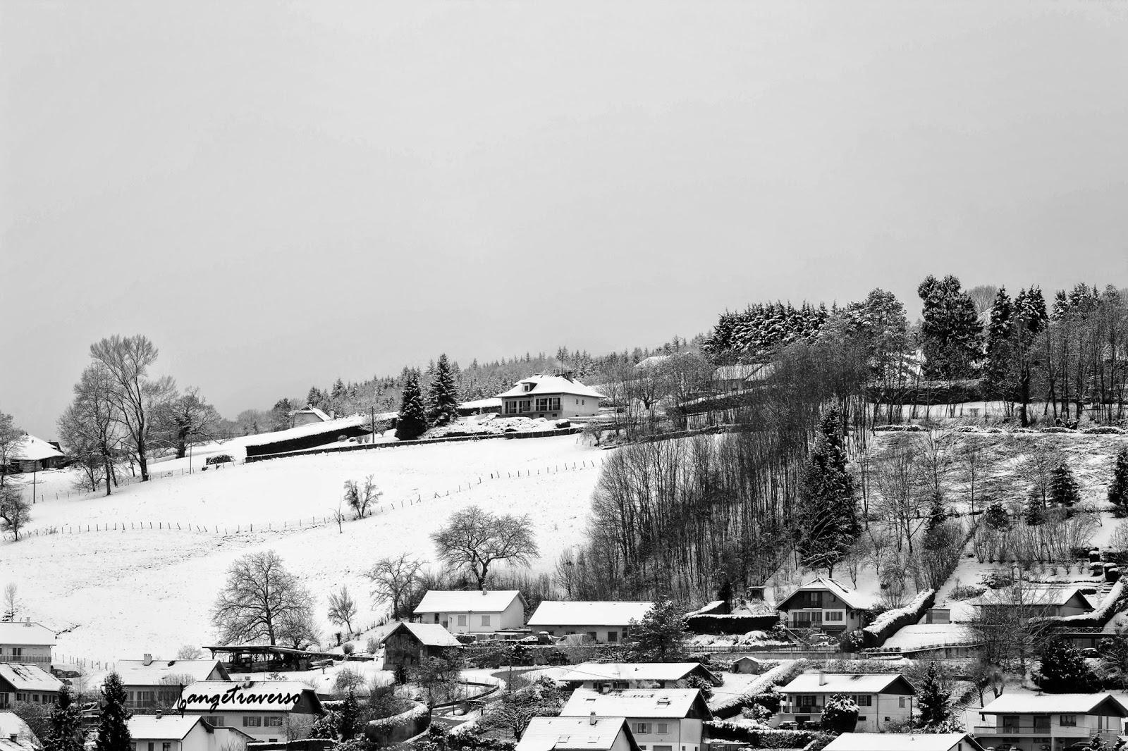 Hameau de Survigne, à proximité de Rumilly, en Haute-Savoie