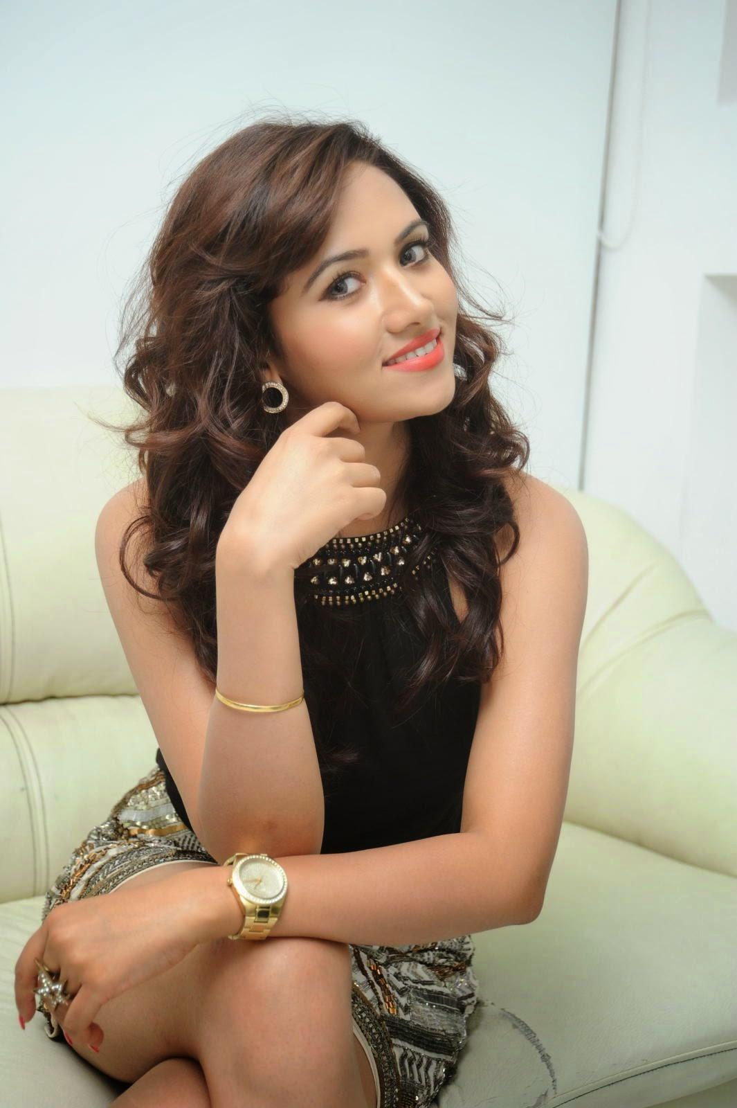 Preethi Rana Glamorous photos-HQ-Photo-18
