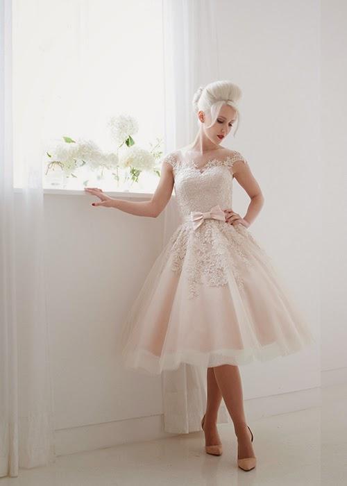 bröllopsklänning 50 talsstil
