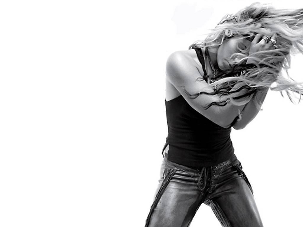 http://3.bp.blogspot.com/-cQTqvX09Wd8/TikJtHlnTtI/AAAAAAAAAfQ/K6P_BQkbphs/s1600/Shakira-01.JPG