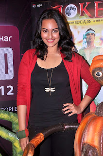 Sonakshi Sinha's Joker Movie Promotion with Aliens