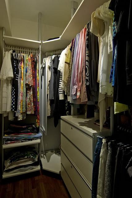 Một phòng thay đồ nhỏ nhưng chức năng đa dạng