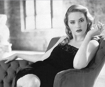 Kate Winslet Unseen Bold Looking