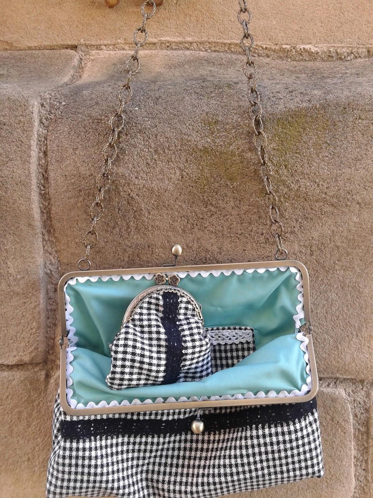 bolso y monedero con boquilla metalica