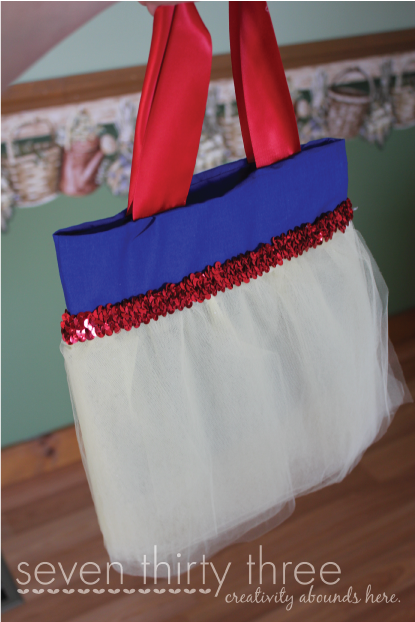 NO SEW Snow White Inspired Purse Tutorial