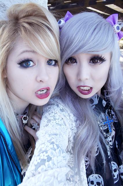 Pastel Goth / Moji ? What's ..? Essky