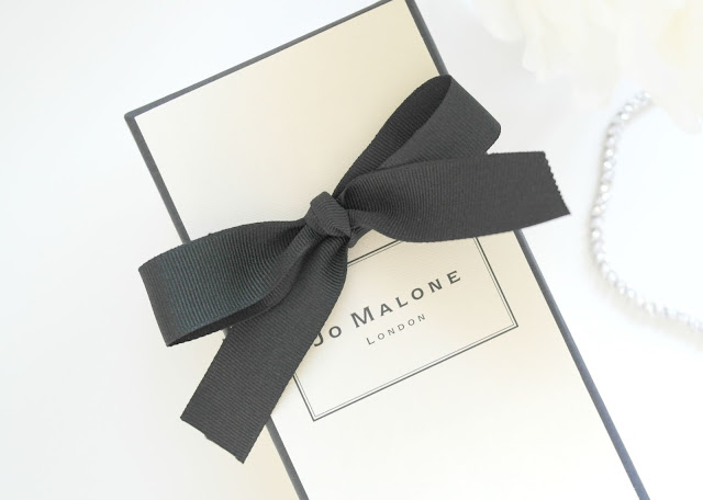 Jo Malone Velvet Rose & Oud Perfume Review, Beauty Blogger