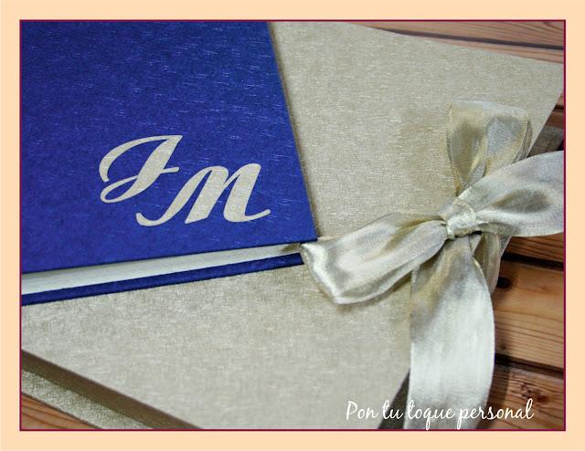 libro de firmas de boda personalizado azul y dorado