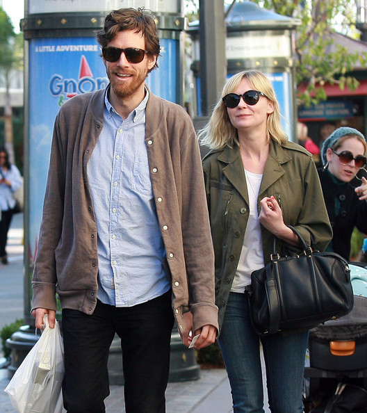 Matt Damon Fan Club: Kirsten Dunst 2012 Boyfriend Jason Boesel Hot ...