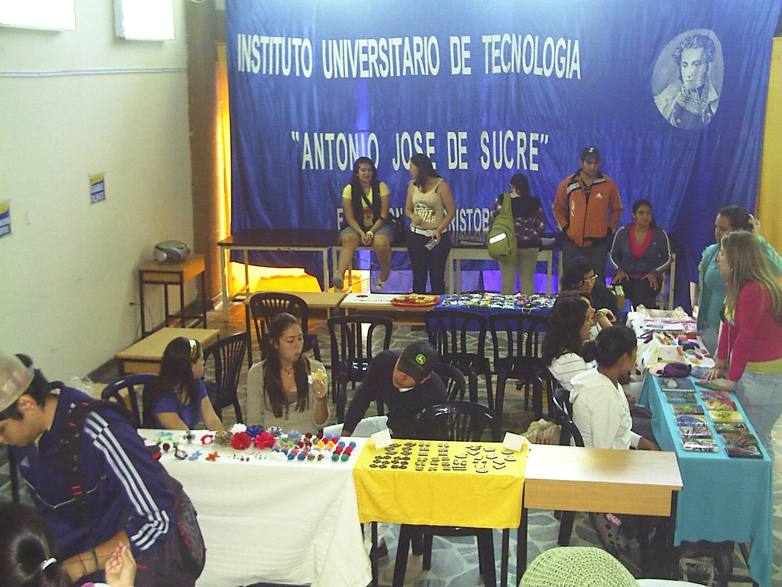 Escuela de dise o grafico iut antonio jose de sucre dia for Diseno grafico escuelas