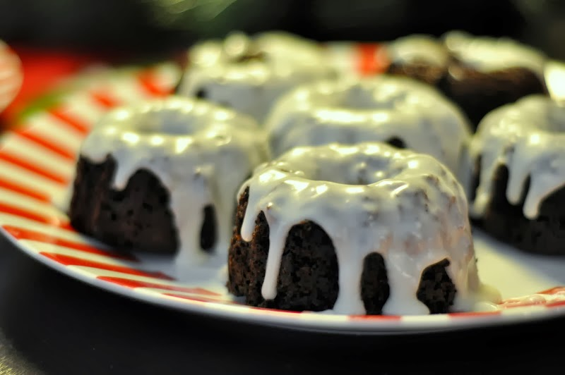 Recipe: Chocolate Bundt Cakes