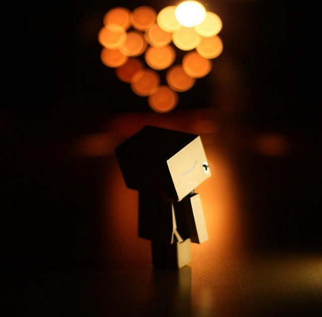 danbo waiting   download iphone ipod touch android wallpapers backgrounds themes
