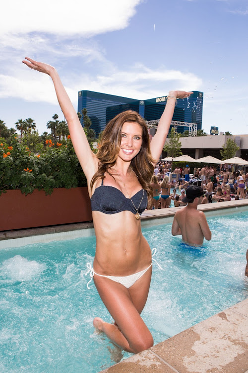 Audrina Patridge in Black Bra Photos