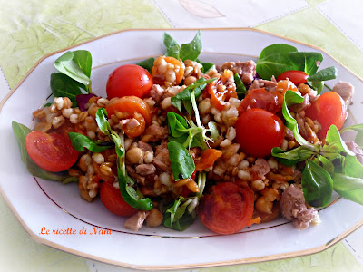 Le ricette di nani un insalata per pranzo giusta per for Calorie da assumere a pranzo