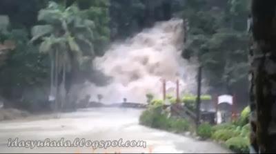 Fenomena Air Terjun Kota Tinggi Yang Menakutkan