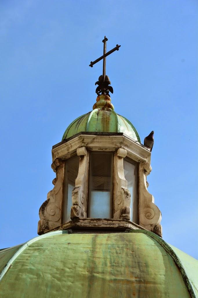 Piazza Tre Martiri Rimini dome