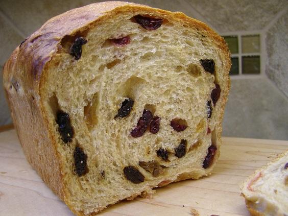 Old Fashioned Raisin Bread Recipe