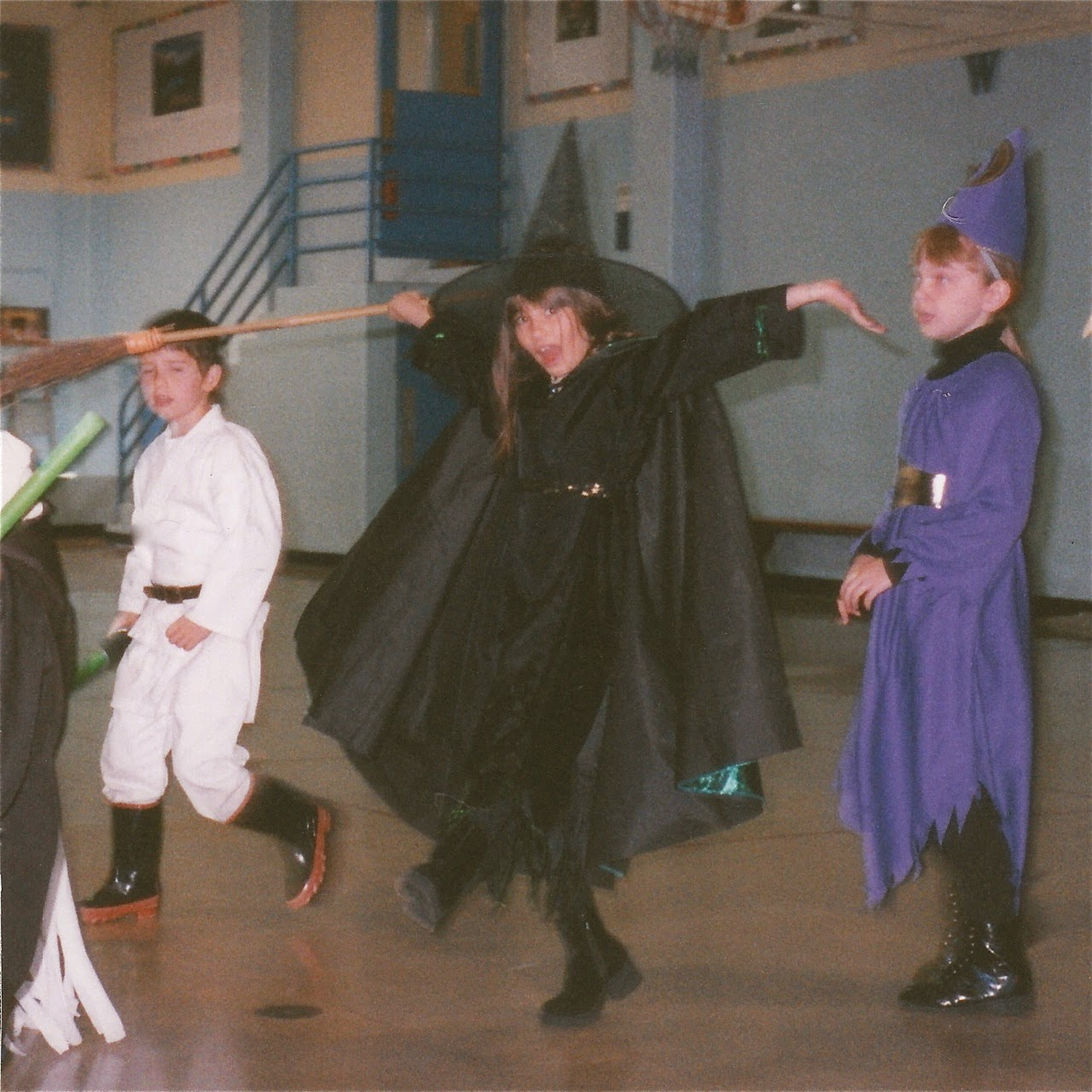 Gym, Gymnasium, witch, jedi, students, 3rd grade, third, dancing witch, Oregon