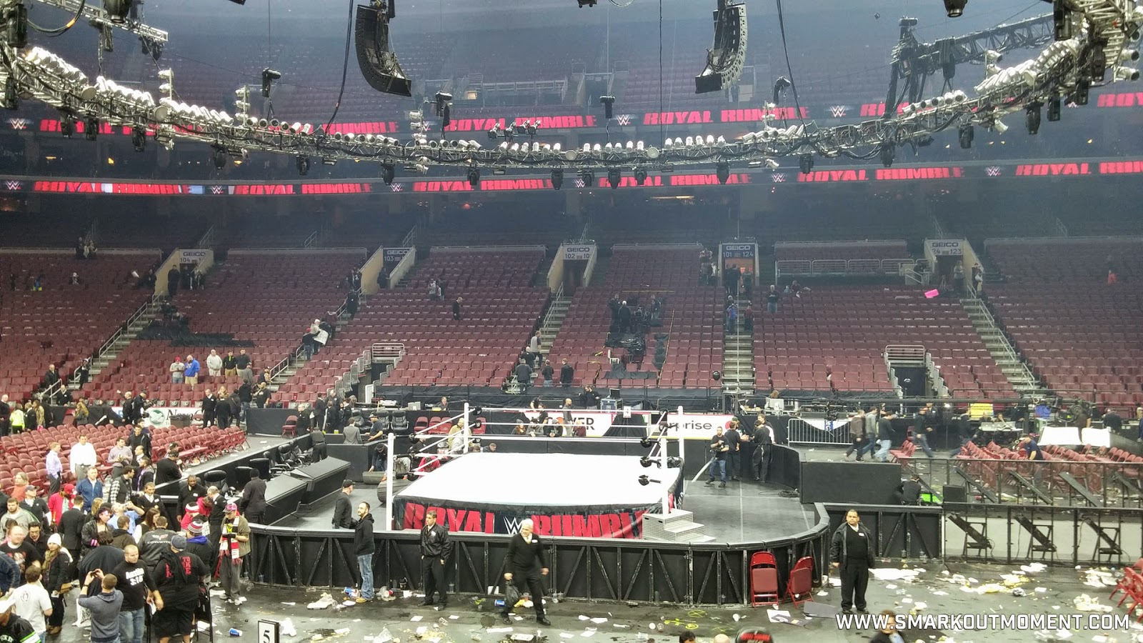 WWE Royal Rumble 2015 garbage trash