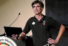 Randy Pausch giving Last Lecture at Carnegie Mellon