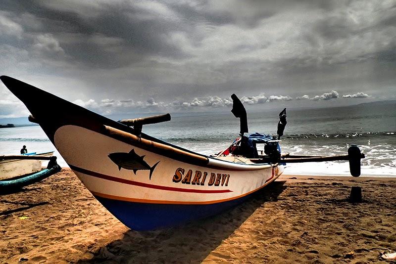 Boat In HDR
