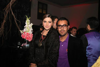 Fiza with her husband In Black Dress - Pakistan Celebrities