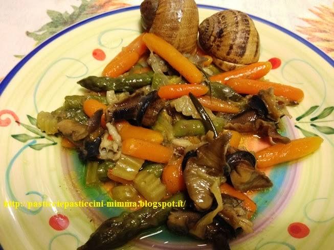 escargot in guazzetto con punte di asparagi e carotine mignon