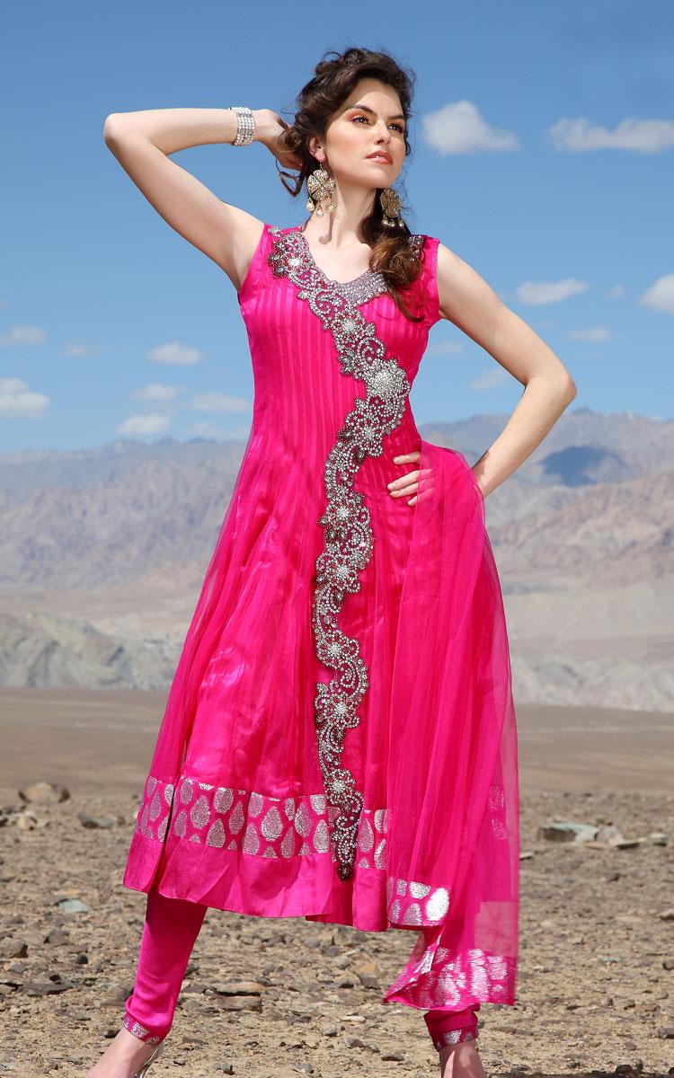 Only women secrets 10 latest designer salwar kameez trends for How to design salwar kameez at home