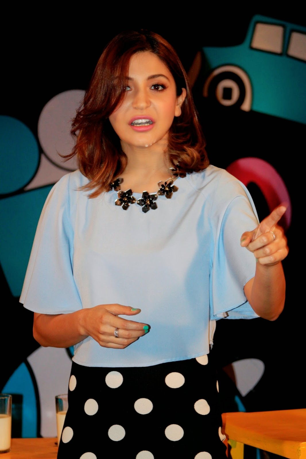 Anushka Sharma at Captain Tiao Sets Photos