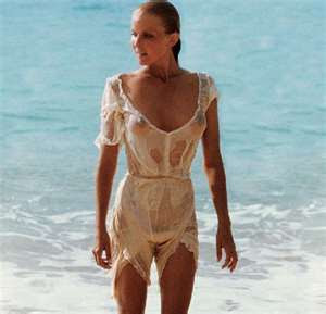 bo derek sexy picture in tarzan movie