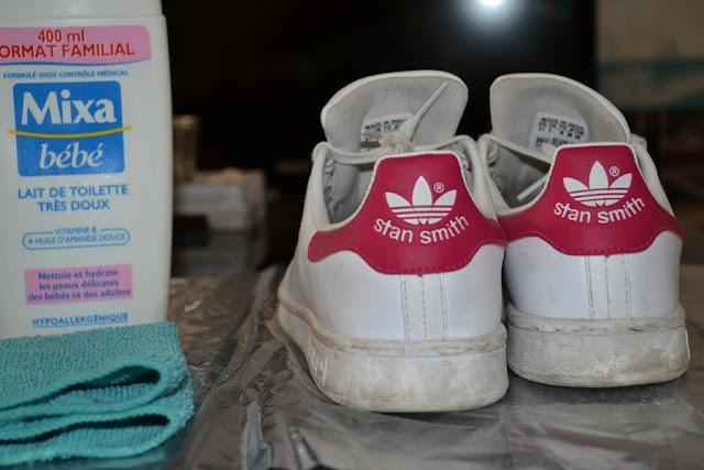 La particularité de ces baskets c'est que le dessus est en cuir et donc on ne peut pas les nettoyer avec n'importe quoi sous peine de les abîmer!!