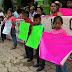 Esposas de presos políticos de la CRAC se manifestaron en el Ayuntamiento y Penal de Ayutla, reclaman su libertad; acusan al gobernador Ortega de incumplir con su palabra
