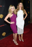 Sofia Vergara & Reese Witherspoon looking hot on the red carpet