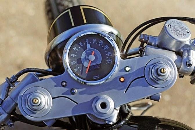 Kawasaki W650 Merlin Cafe Racer