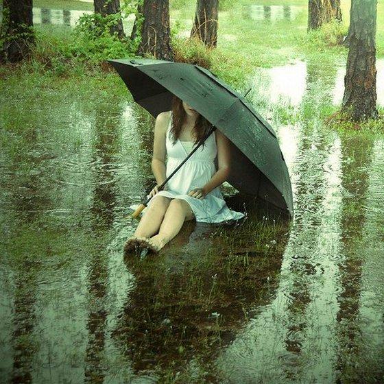 sad girl alone rain broken heart | 4loveimages