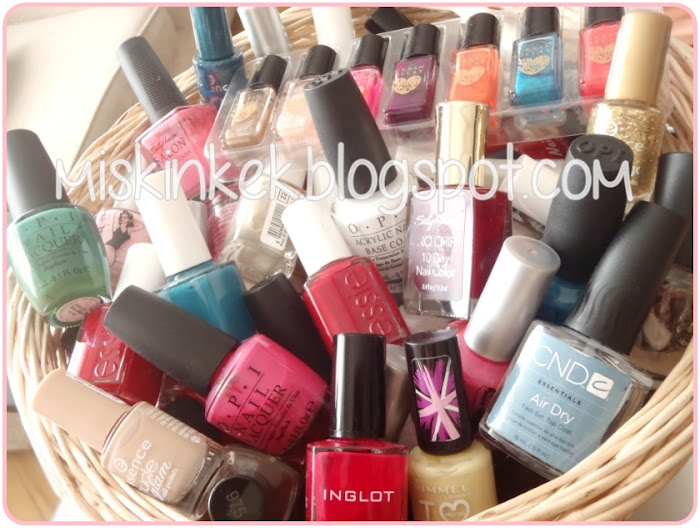 makyaj-kozmetik-cosmetic-makeup-makeup organization-oje-nail polish-ojeler-essence-essie-opi-inglot-kozmetik urunleri