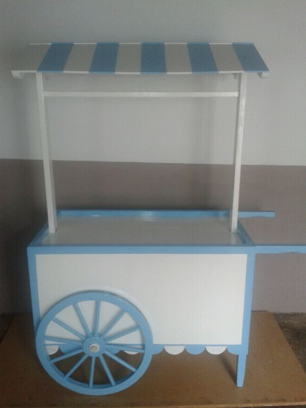 Eventos los tres mosqueteros carritos de chuches for Carrito de chuches