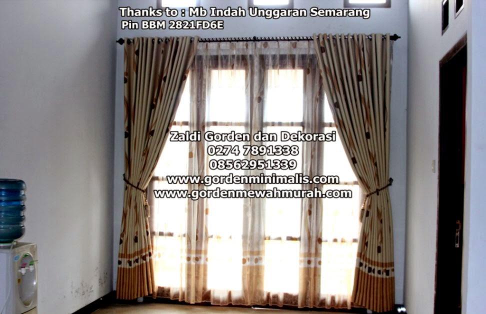 Gambar foto gorden jendela rumah yang memberi inspirasi ruangan