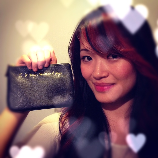 Blog Giveaway, Give away, Contest, Free, Freebie, Fashion Blog Giveaway, Rebecca Minkoff Pouch, I heart boys and shoes pouch, Black Rebecca Minkoff Pouch, , RM coin purse, RM pouch, Rebecca Minkoff Pouch, Creative heart photo, Contest
