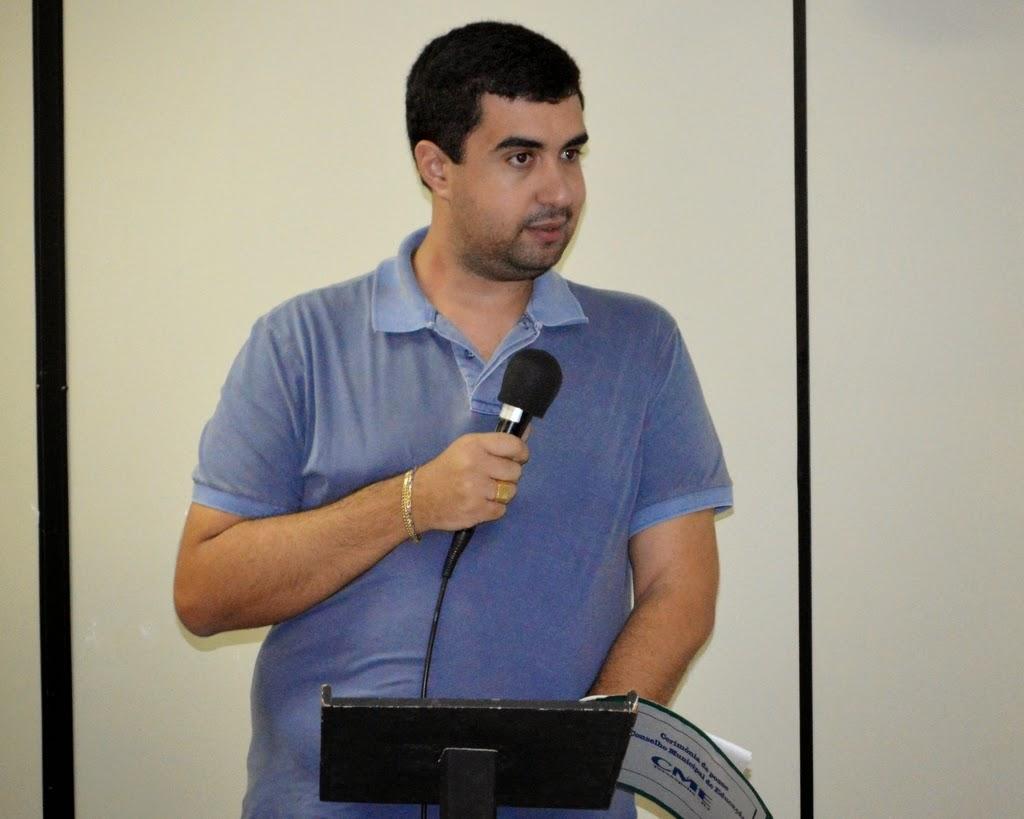 Leonardo Vasconcellos, secretário de Educação, enfatiza que o Conselho M. de Educação é extremamente respeitado, atuante e participativo
