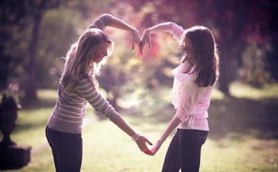 4 طرق للحصول على صديقات جدد - friendship-celebrate-girls-hd-wallpaper