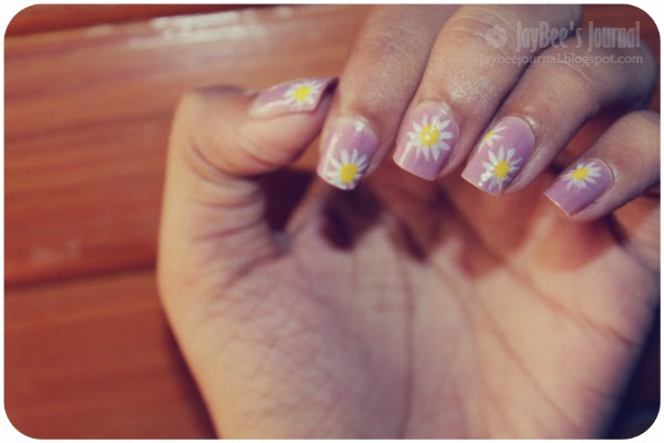 summer daisy nail art design, Pakistani beauty blog, Pakistani nail art blog