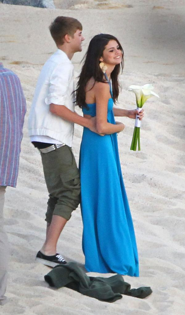 Justin Bieber Selena Gomez Wedding Pictures ~ DISNEY STAR ...