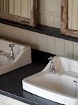 Följ vår badrumsrenovering
