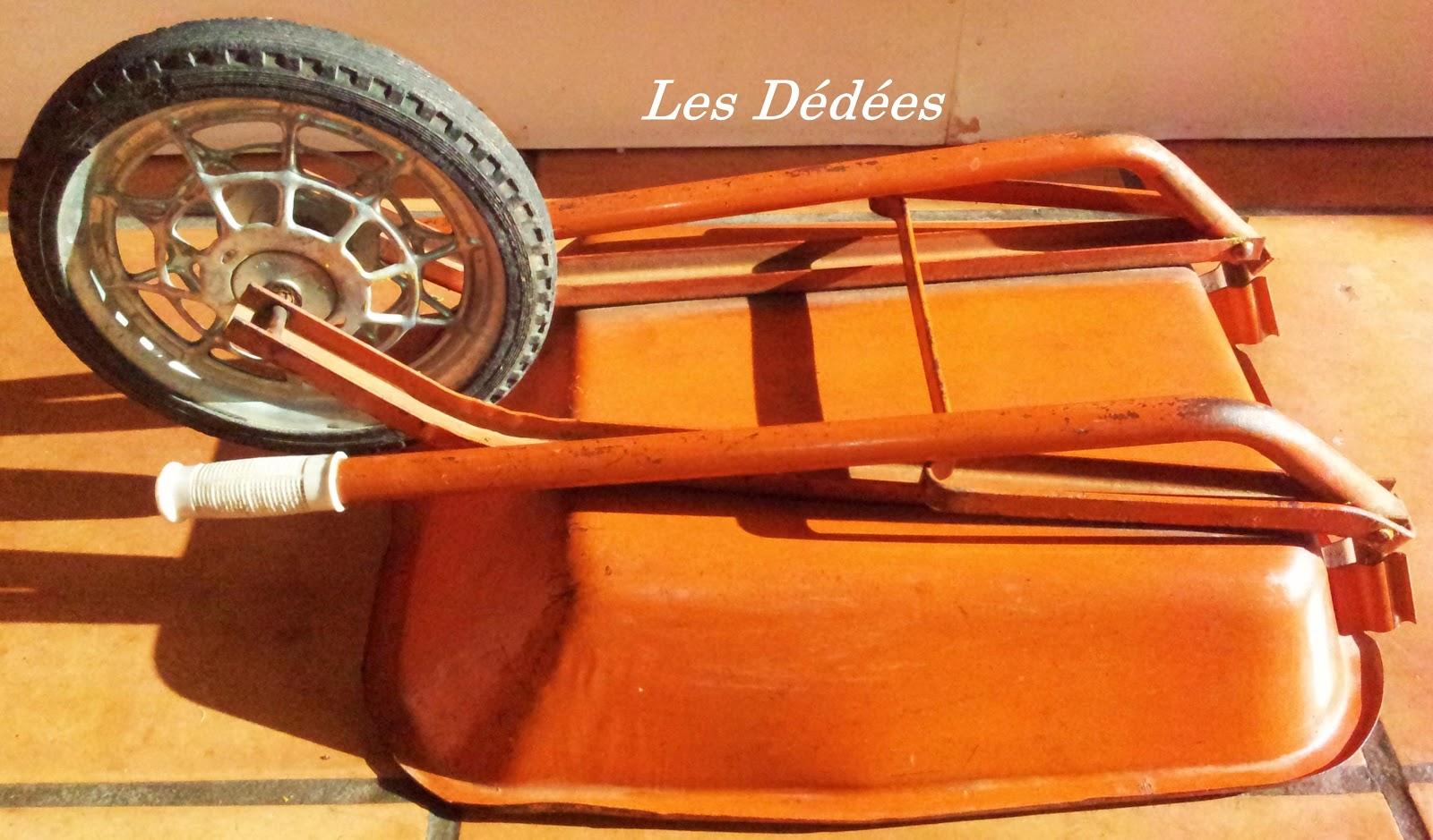 Les Dedees Vintage Recup Creations Ancienne Brouette